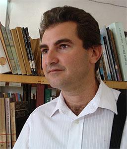Este mes nos acercamos a la obra de un joven escritor cubano, Jorge Luis Peña Reyes (Puerto Padre, 1977). De él dice el crítico, poeta y narrador cubano ... - joseluispenha01